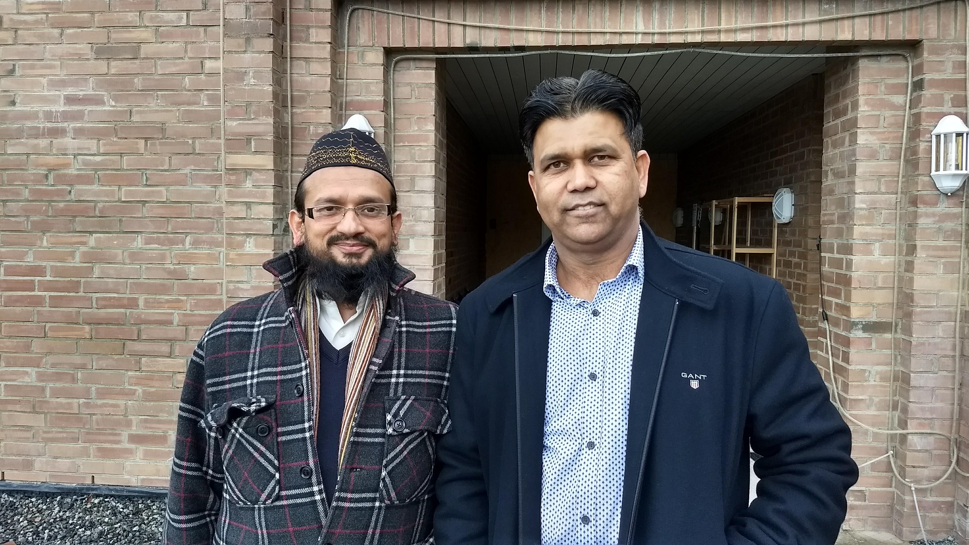 Bilde av imamen og styrelederen