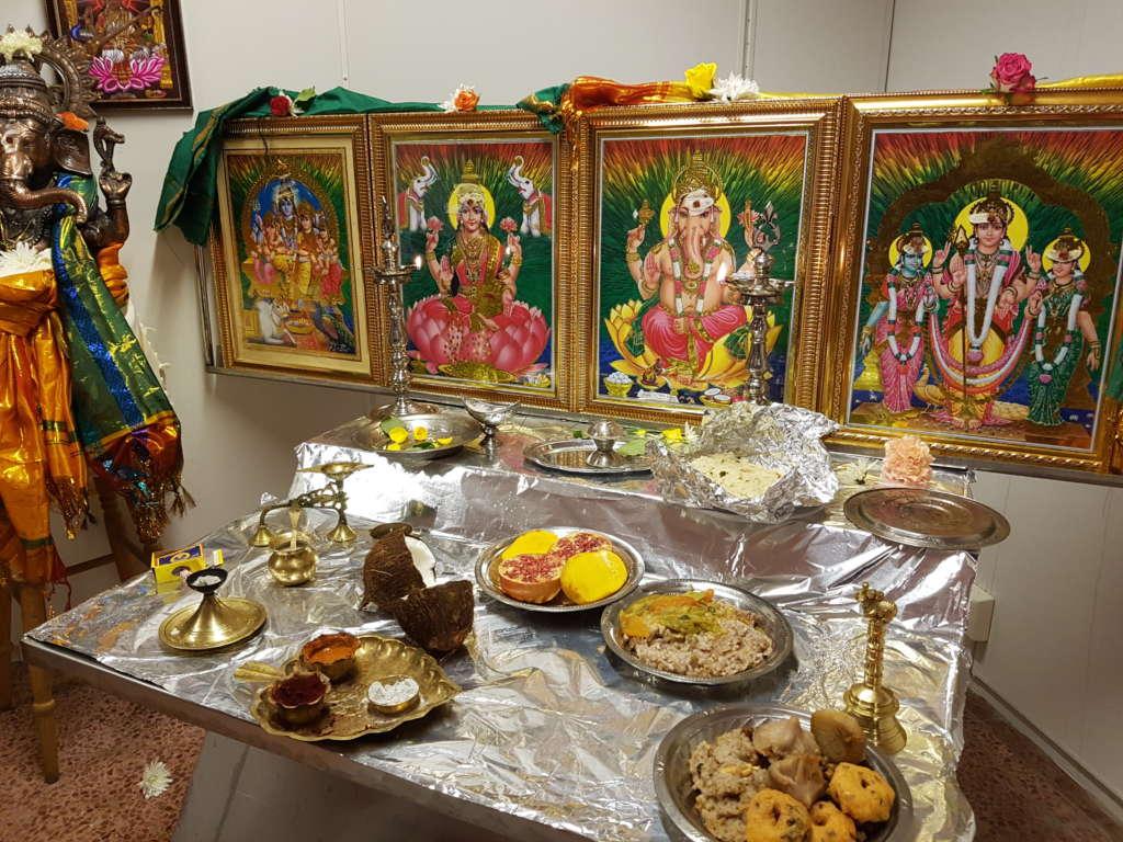hindu alter
