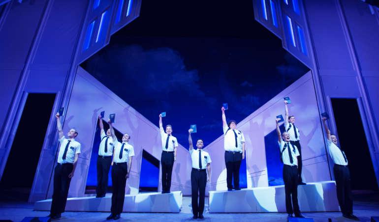 Mormons bok, teateret
